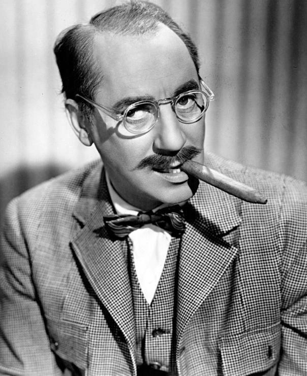 Groucho_Marx_-_portrait
