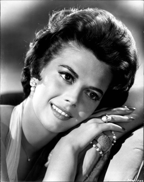 Natalie_Wood_1961_Splendor_in_the_Grass